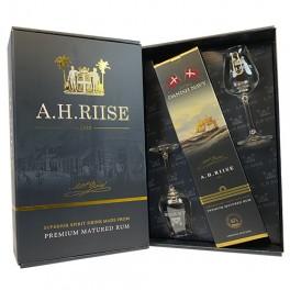 A. H. Riise Royal Danish Navy - Gaveæske m. 2 smukke glas